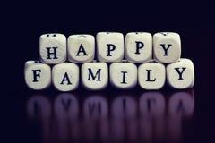 Famille en bois de cube en textes Image libre de droits