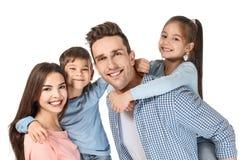 Famille heureuse avec de petits enfants Images libres de droits