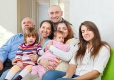 Famille heureuse de trois générations Photo stock