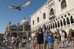 Famille heureuse à Venise, Italie Photographie stock