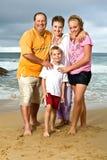 Famille heureux à la plage Photo libre de droits