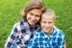Famille heureux Enfant et concept heureux de parent Photo stock