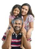 Famille indienne asiatique heureuse Image libre de droits