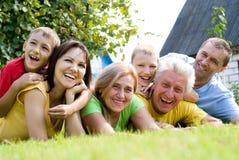 Famille mignon à la nature Image libre de droits
