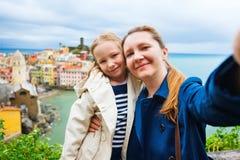 Famille prenant le selfie en Italie Photos libres de droits