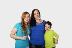 Famille sur le gris Photos stock
