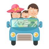 Famille voyageant dans la voiture Images libres de droits
