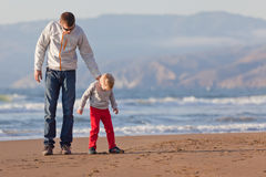 Family at the beach Royalty Free Stock Photos
