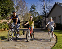 Free Family Bicycle Ride Royalty Free Stock Images - 14741239