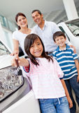 Family buying a car Royalty Free Stock Photography