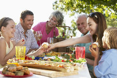 Free Family Dining Al Fresco Royalty Free Stock Images - 7870429