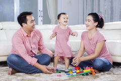 family home playing together Στοκ Εικόνες