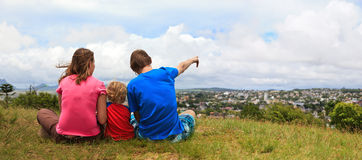 Family looking at Mauritius Stock Photography
