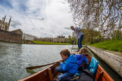 Family punting in Cambridge Royalty Free Stock Photography