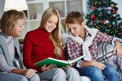 Family reading Royalty Free Stock Photo