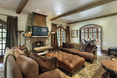 Family room with fireplace Royalty Free Stock Photography
