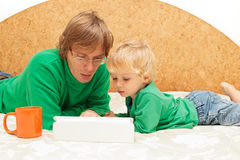 Family with touch pad at home Royalty Free Stock Photo