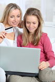 Family virtual shopping Royalty Free Stock Images
