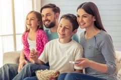 Família em casa Fotografia de Stock Royalty Free