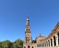 Famoso Plaza de Espana - quadrado espanhol em Sevilha, a Andaluzia, Espanha Marco velho Imagens de Stock Royalty Free
