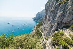Famoso vía Krupp en la isla de Capri vista desde arriba fotografía de archivo libre de regalías