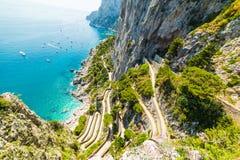 Famoso vía Krupp visto desde arriba en la isla de Capri foto de archivo libre de regalías
