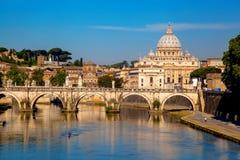 Famous Basilica di San Pietro nel Vaticano, Roma, Italia Fotografia Stock