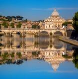 Famous Basilica di San Pietro nel Vaticano, Roma, Italia Fotografie Stock