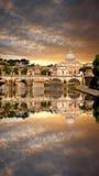 Famous Basilica di San Pietro nel Vaticano, Roma, Italia Immagine Stock Libera da Diritti