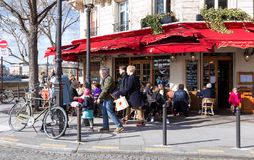 The famous brasserie de l `Isle Saint Louis located near Notre Dame cathedral in Paris, France. stock images