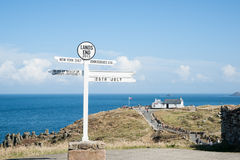 Famous Lands End signpost. Royalty Free Stock Photos