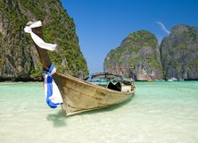 Famous Maya bay of Phi-phi Leh island Royalty Free Stock Photo