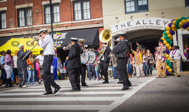 Free Famous New Orleans Band TREME At Mardi Gras Block Party Stock Images - 86482544