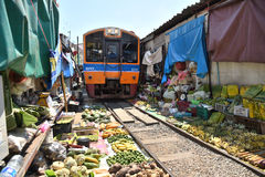 The famous railway markets at Maeklong Royalty Free Stock Photography