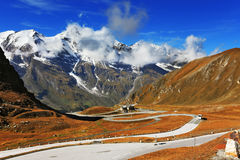 Famous road in Austrian Alps - Grossglocknershtrasse Royalty Free Stock Images