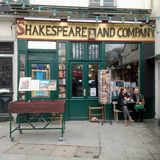 Shakespeare and Company Book Shop stock photo