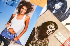 Famous stars and singers from 1987 in focus