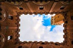 Famous Torre Del Mangia Lizenzfreie Stockfotografie