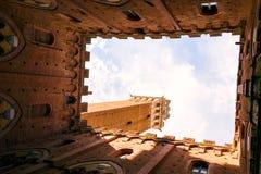 Famous Torre del Mangia Photographie stock libre de droits