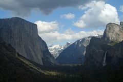 Famous Tunnel View in Yosemite stock photos