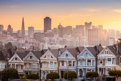 Famous view of San Francisco at Alamo Square Stock Photography