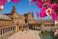 Famouse fyrkant av Spanien i Seville, Spanien fotografering för bildbyråer