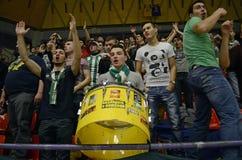 Fanáticos del fútbol con el tambor Imagen de archivo libre de regalías