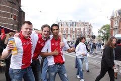 Fanáticos del fútbol de Ajax Amsterdam Imagen de archivo libre de regalías