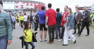 fanáticos del fútbol de Colombia almacen de metraje de vídeo