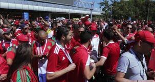 Fanáticos del fútbol de Marokko almacen de metraje de vídeo
