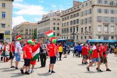 Fanáticos del fútbol húngaros en el euro 2016, Marsella, Francia Foto de archivo libre de regalías
