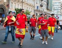 Fanáticos del fútbol listos para ir a hacer juego Imagen de archivo