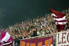 Fanáticos del fútbol rápidos de Bucarest Imagen de archivo libre de regalías