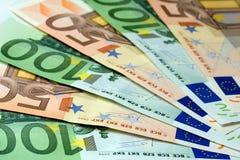 Fan av eurosedlar Arkivbilder